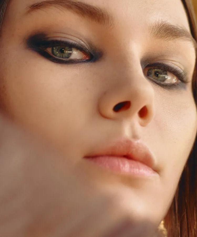 Halo makeup foto back stage Dior